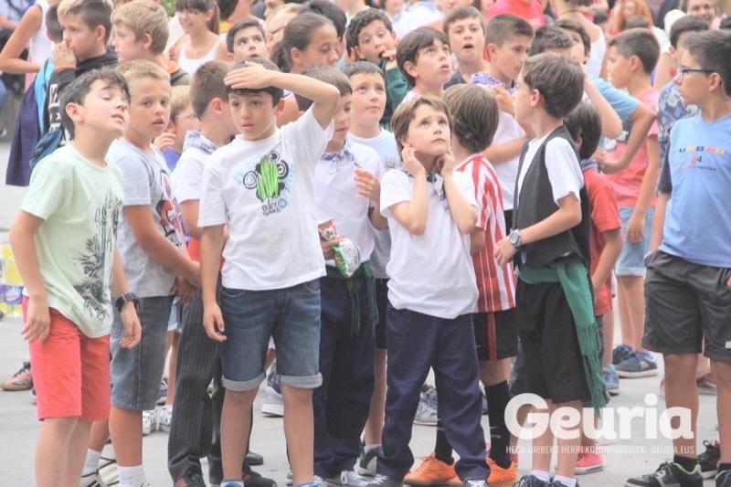arrigorriaga-jaiak-2016-pregoia-txupina-11