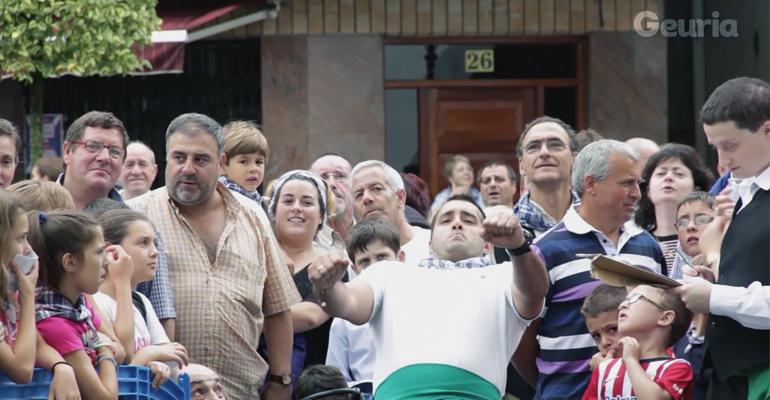 arrigorriaga madalenak oliba hezur jaurtiketa 2015