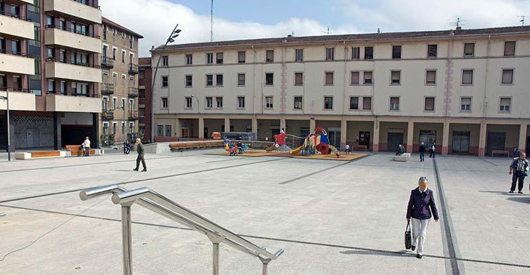 basauri arizgoiti plaza
