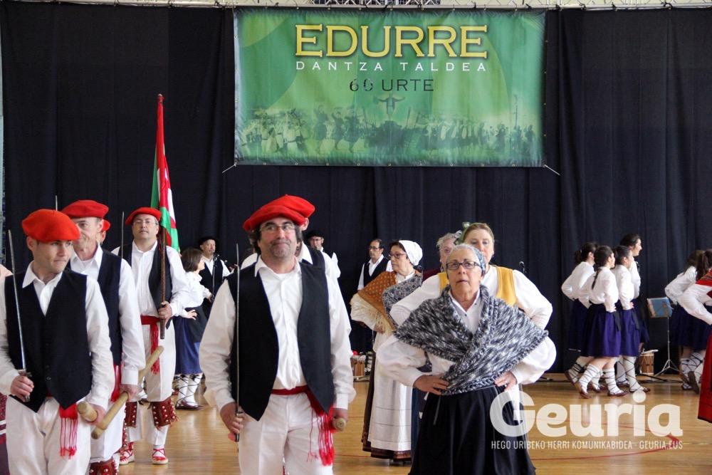 basauri-edurre-dantza-taldea-2017-60-urte-5