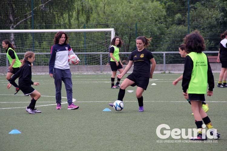 basauri-futbola-2016-arrate-orueta-kanpusa-5