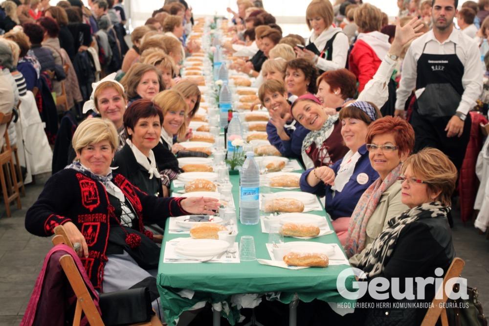 basauri-jaiak-2016-emakumeen-bazkaria-5