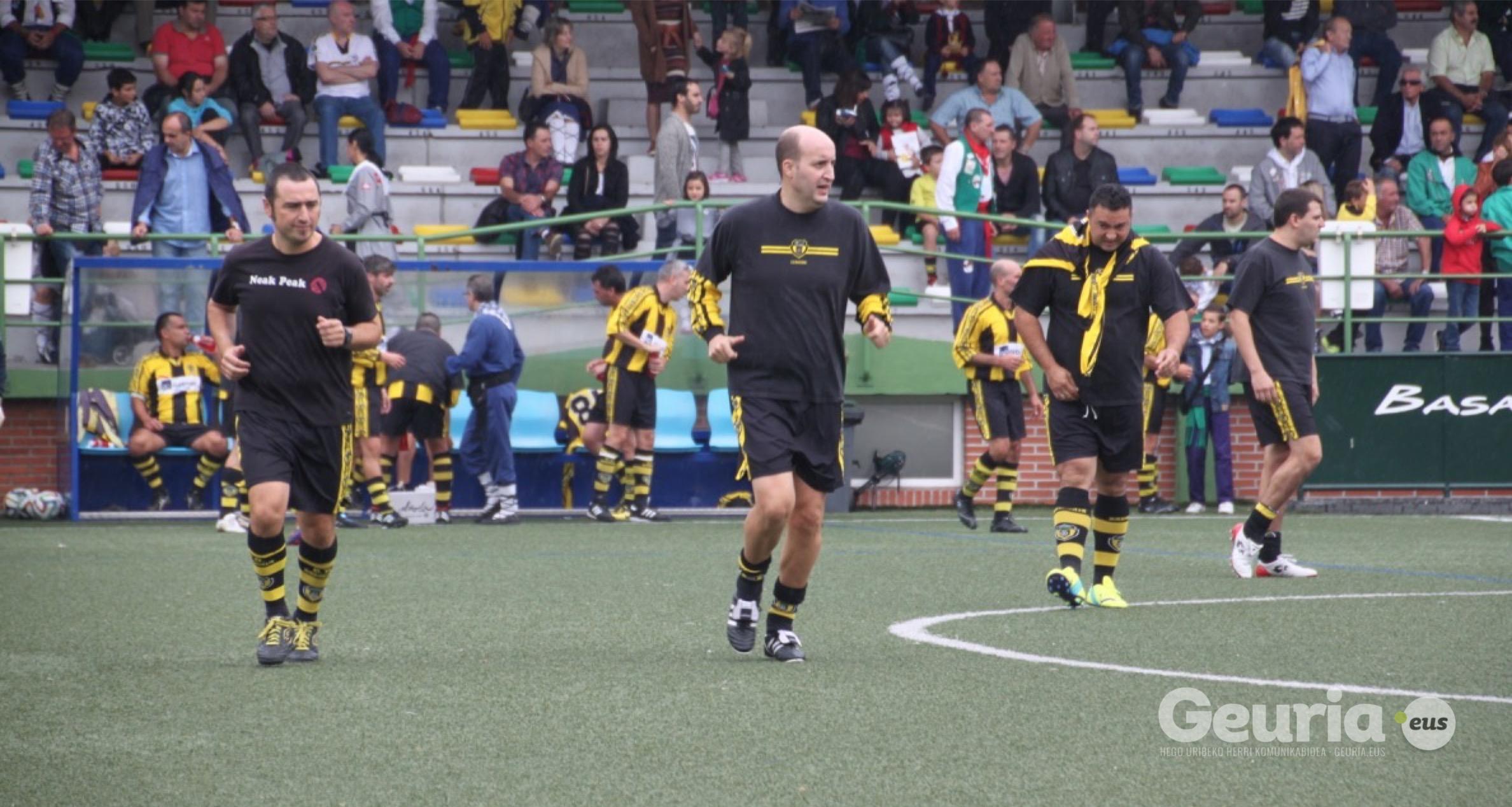 basauri_san_fausto_2015_futbol_basconia_beteranoak_8