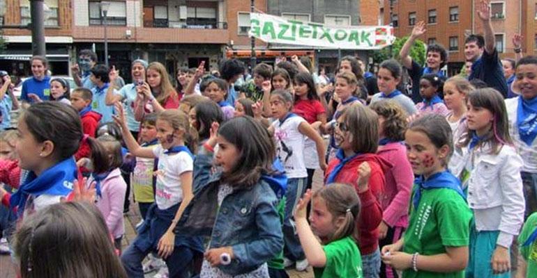bizkaia gaztetxo eguna 2012 sestao