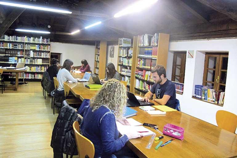 arrigorriaga-liburutegia