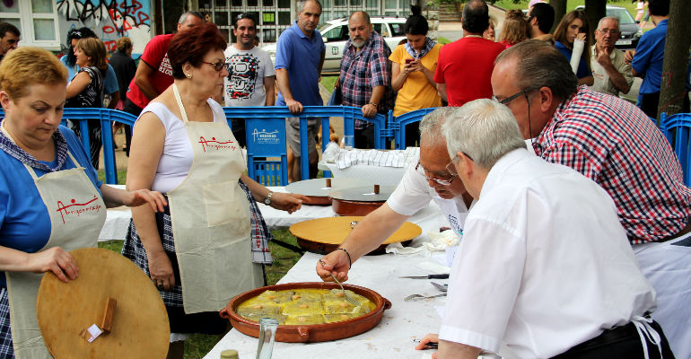 arrigorriaga madalenak jaiak gastronomia lehiaketa 2015