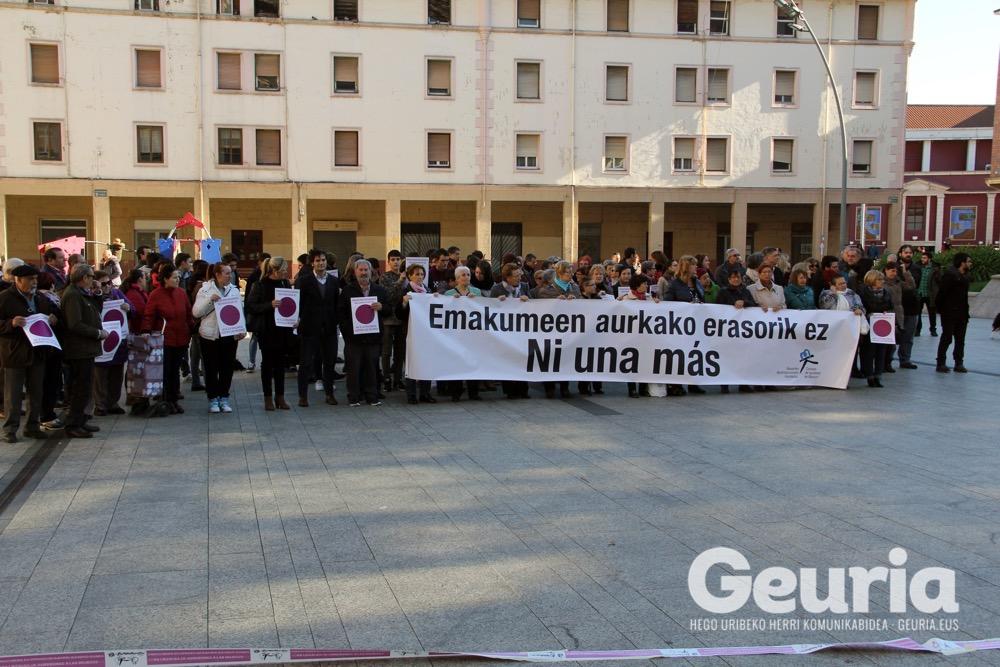 basauri-a25-2016-emakumeen-aurkako-indarkeriaren-kontra-2
