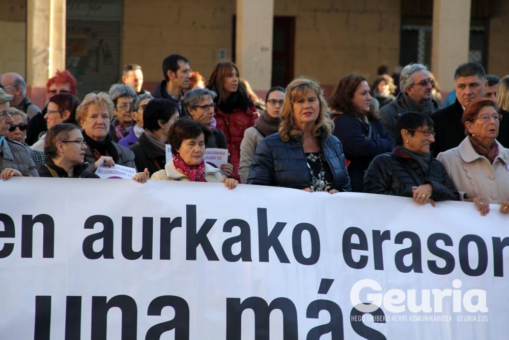 basauri-a25-2016-emakumeen-aurkako-indarkeriaren-kontra-7