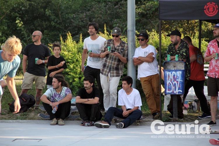 basauri-basozelai-skate-2016-element-team-2