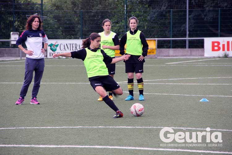 basauri-futbola-2016-arrate-orueta-kanpusa-7