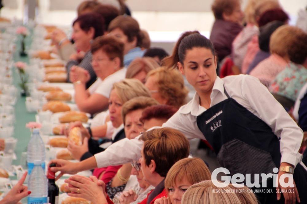 basauri-jaiak-2016-emakumeen-bazkaria-6