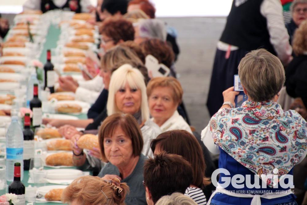 basauri-jaiak-2016-emakumeen-bazkaria-8