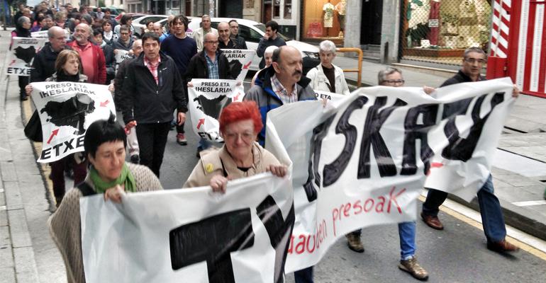 basauri txus martin 2016 manifestazioa