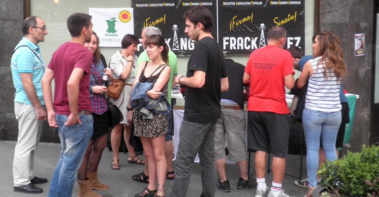 basauri frackin ez sinadura bilketa 2014