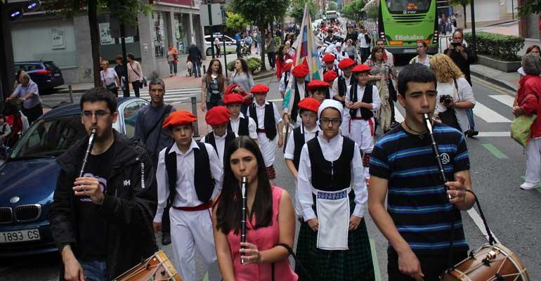 galdakao dantzari txiki 2015 andra mari